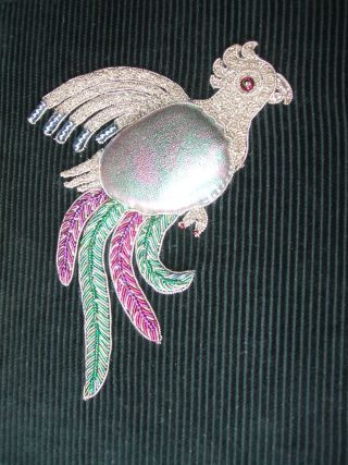 Trifori Parrot by Prue King